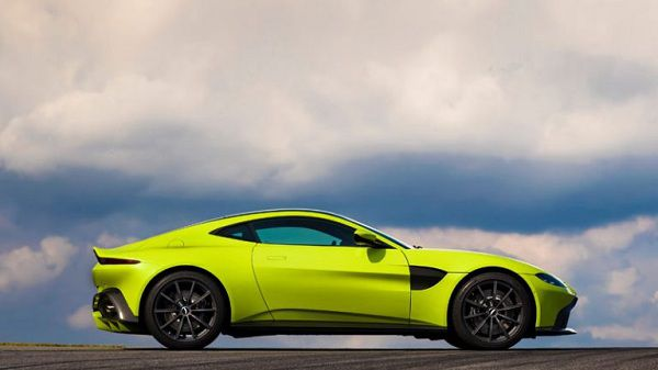 New Model Sports Cars – Design of the 2018 Aston Martin Vantage